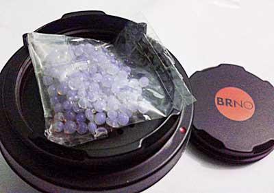 silica gel ke dalam body cap