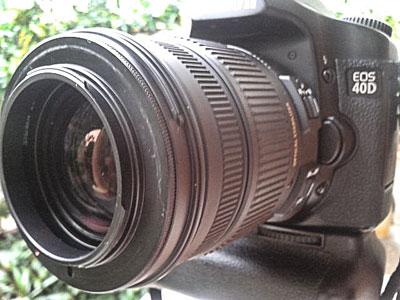 Reverse Ring terpasang di depan lensa