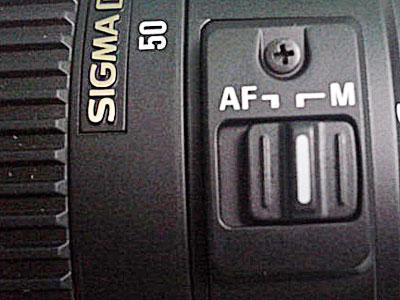 Switch lensa ke Manual Focus